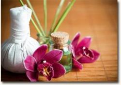 massage-aux-pochons-herbes.jpg